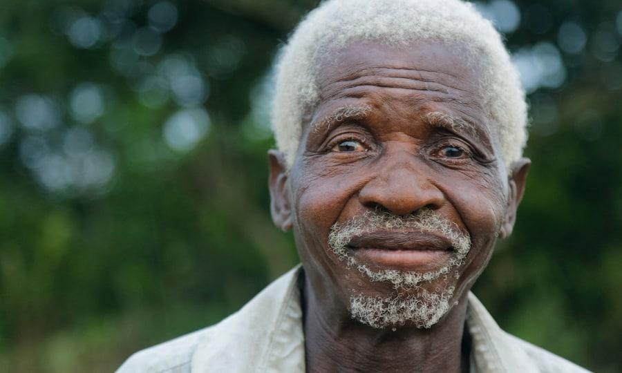 Musuwaya après son opération de la cataracte