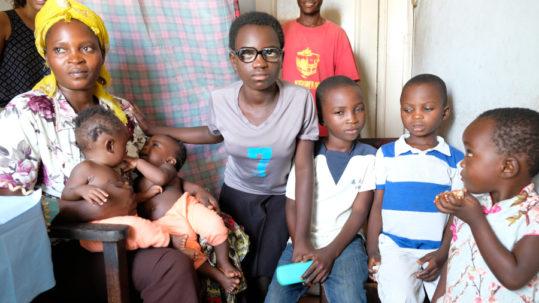 Maman Clarisse enfants Kole Docteur Richard Hardi opérations cataracte
