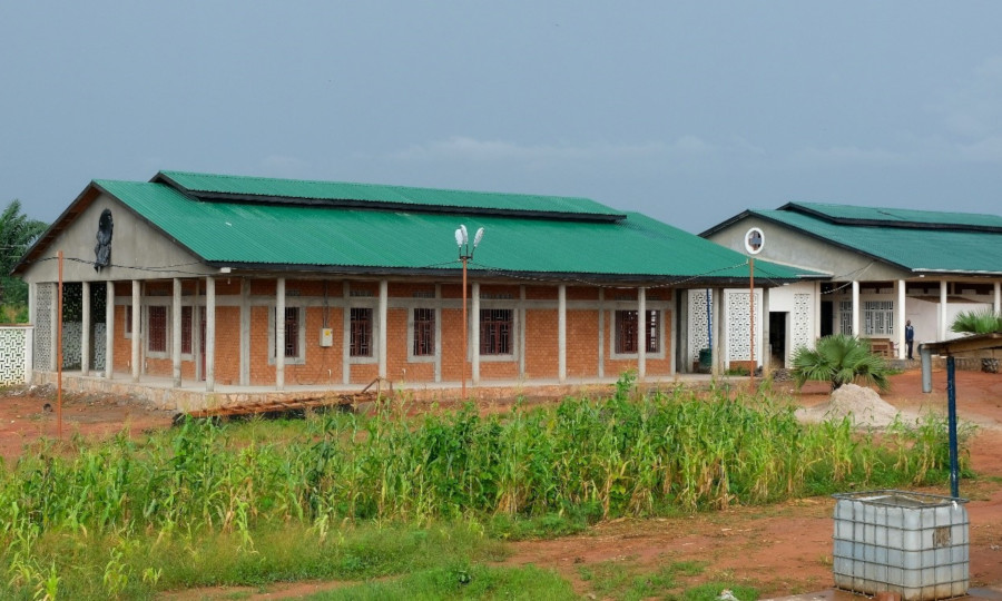 Gebouw B van het oogziekenhuis in Mbuji Mayi.