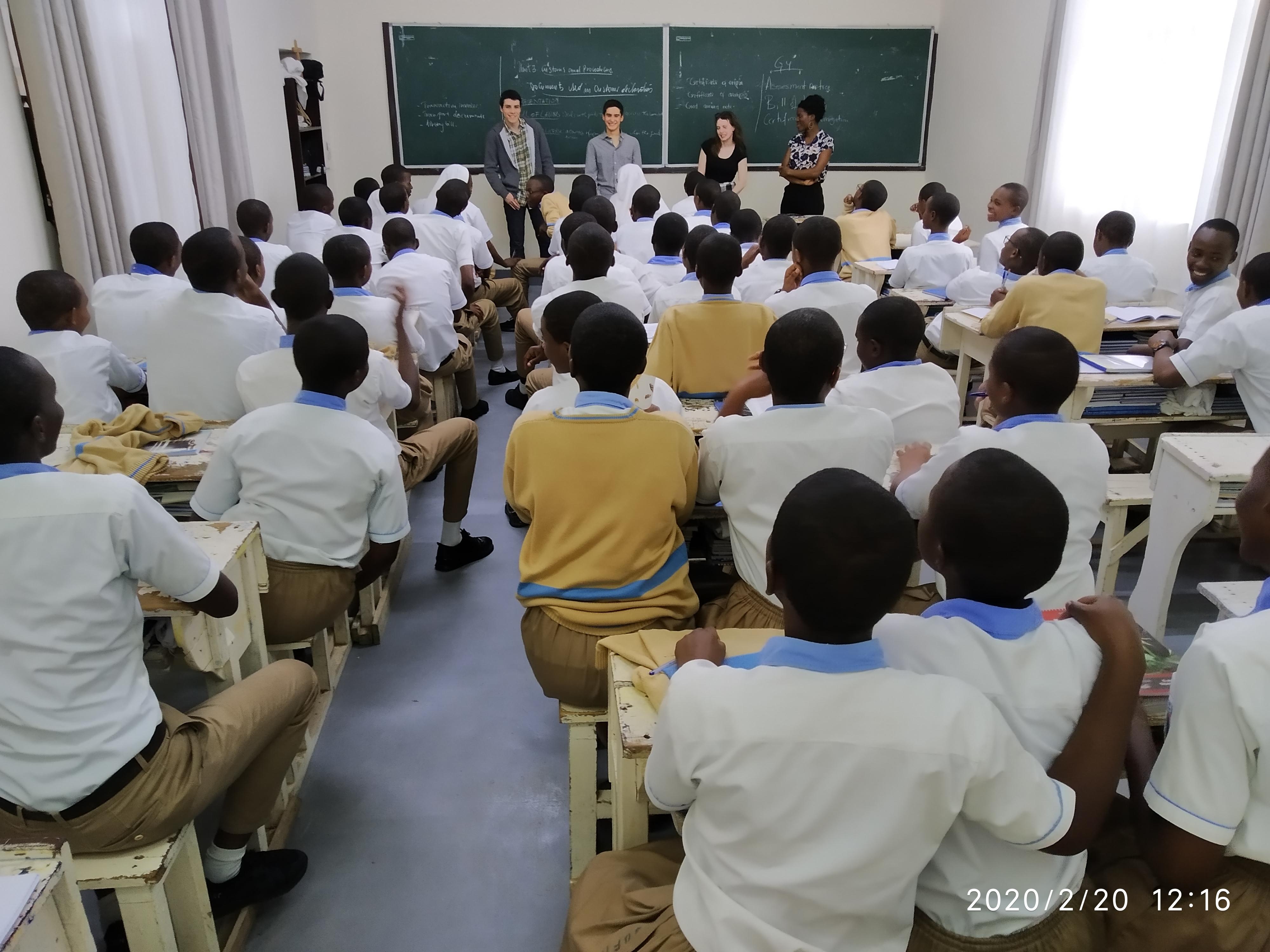 Les élèves à l'école Saint-Joseph de Kabgayi.