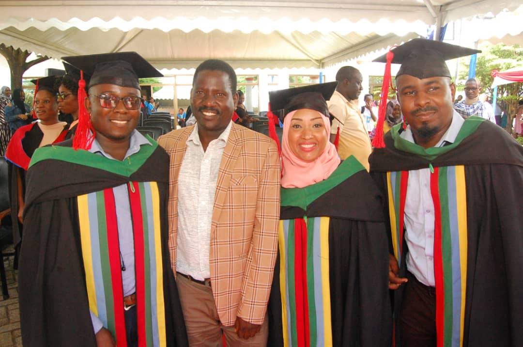 Photo des diplômés de CCBRT